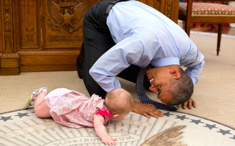 Cute: Obama kan zichzelf niet beheersen wanneer hij