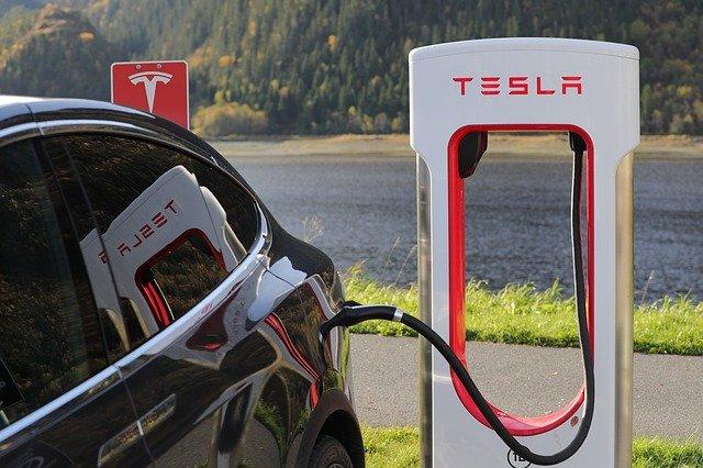 Tesla electric car tanking station