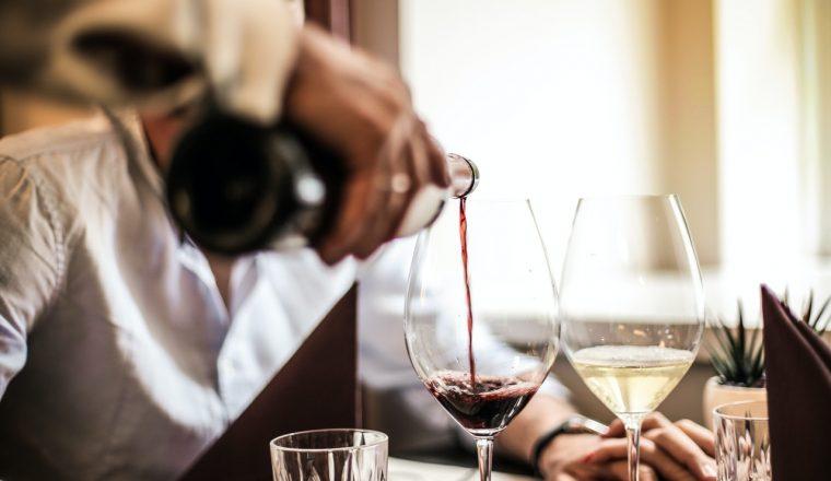 Minimale prijs van fles wijn