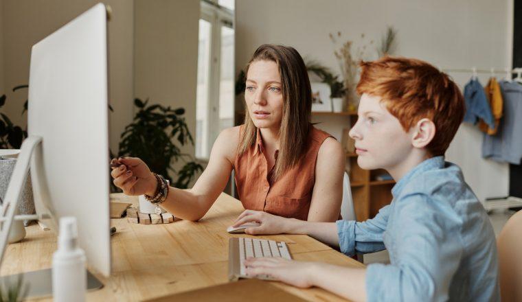 ouders thuisonderwijs problemen burnout